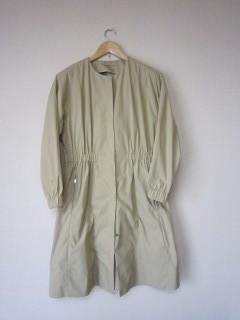 トゥモローランドのコートを購入